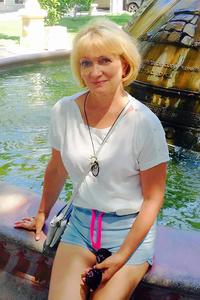Irina,58-1