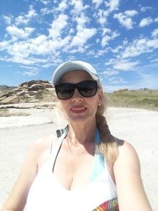 Valentina,52-5