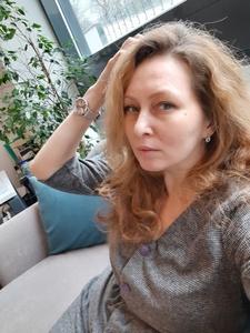 Irina,45-8
