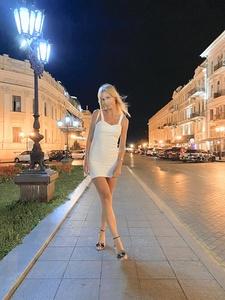 Irina,31-8