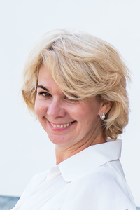 Angela,52-1