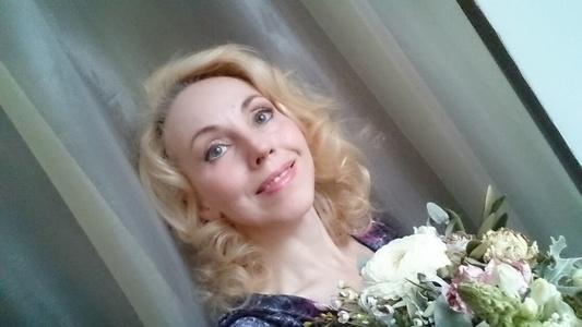Olga,44-3