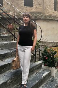 Elena,45-2