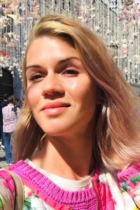 Nadya,33-1