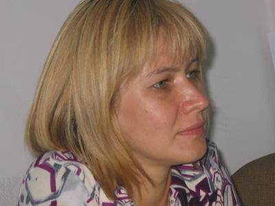 Alena,41-2