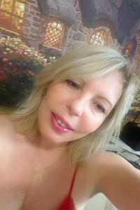 Yuliya,41-1
