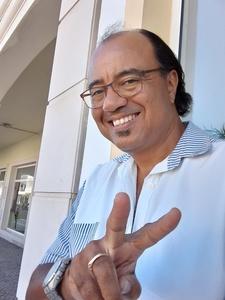 Manuel,44-4