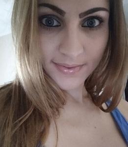 Julia,31-2