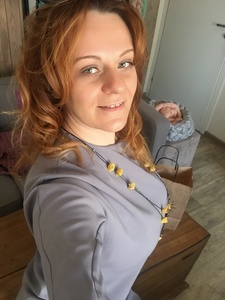 Elena,41-5