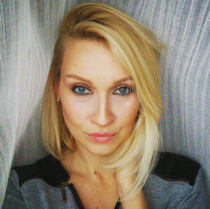 Julia,39-2