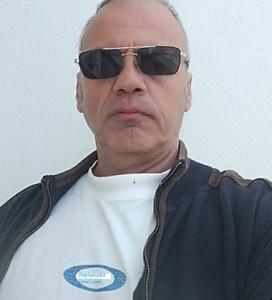 Carlos,56-1