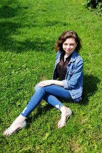 Yuliya,33-1
