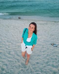 Anna,35-4