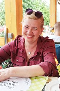 Oksana,50-1