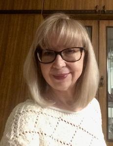 Irina,67-4