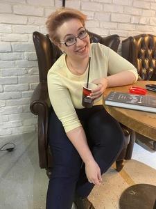 Julia,38-7
