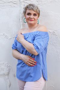 Oksana,44-1