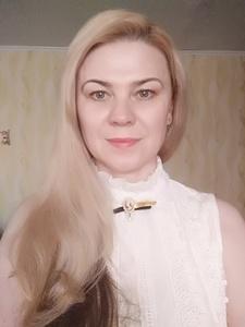 Elena,47-3