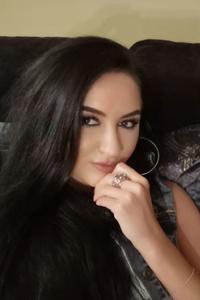 Julia,35-2