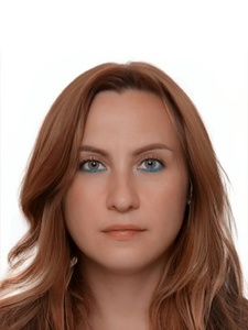 Elena,42-16