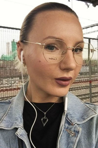 Anastasia,35-1