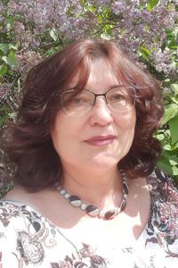 Elena,61-1