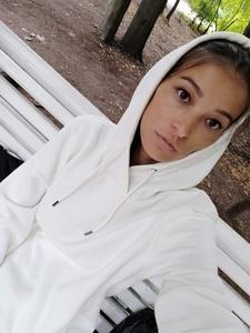 Viktoriya,32-3