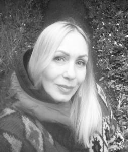 Valentina,53-4