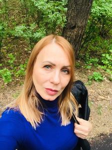 Valentina,53-2