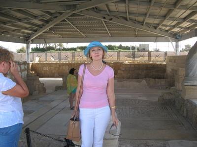 Valentina,58-7
