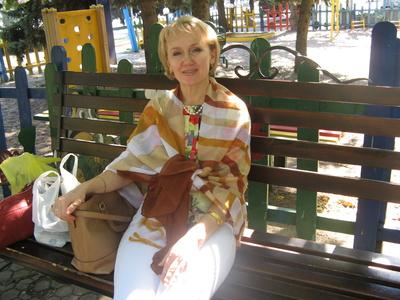 Valentina,57-6