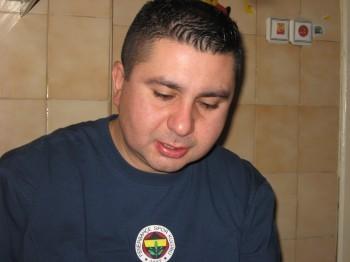 Ozgur,42-18