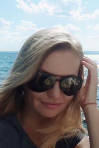 Anna,39-1