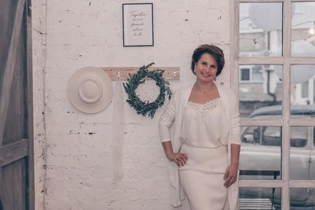Diana,39-9