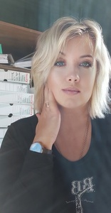 Elena,45-3