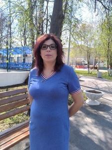 Elena,41-4