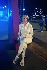 Oksana,45-1