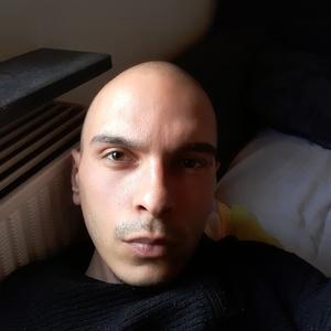 Tom,26-2