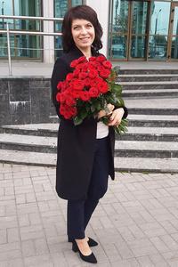 Elena,44-1