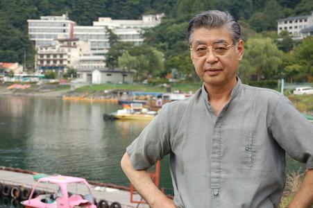 Hiroshi,72-7