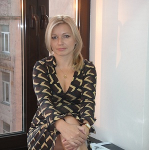 Irina,42-5