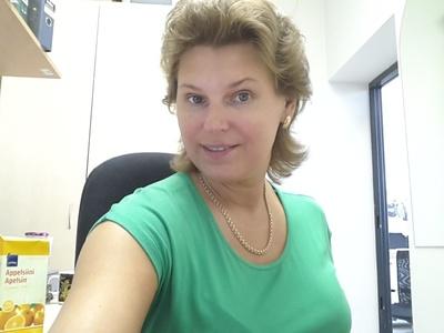 Alina,43-10