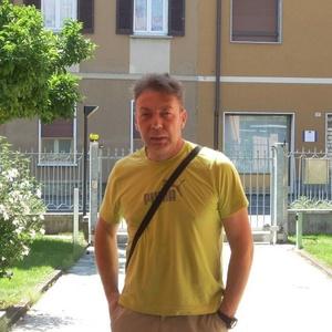 Paolo,52-18